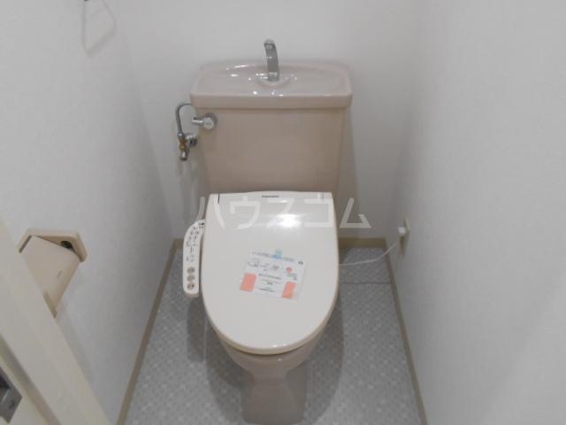 TMビル 401号室のトイレ