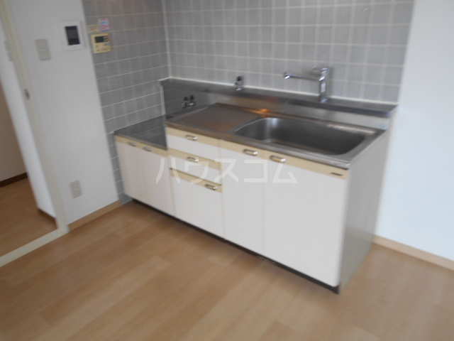 TMビル 401号室のキッチン