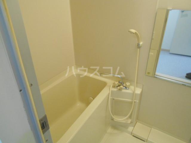 TMビル 401号室の風呂
