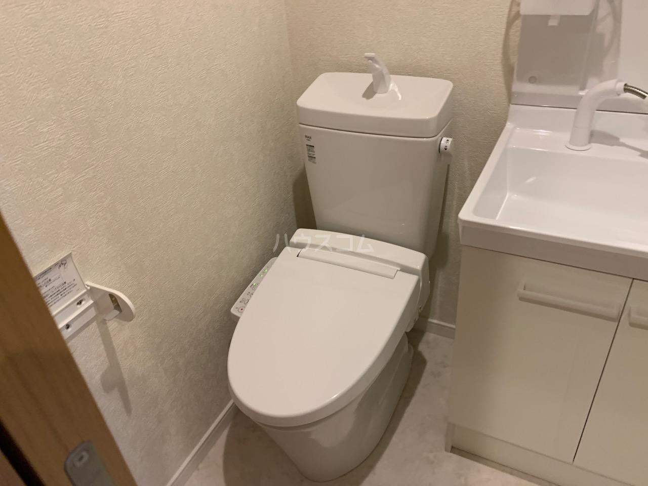 ファインホース白百合 107号室のトイレ