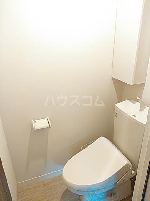 FRESCA 弥生台B 103号室のトイレ