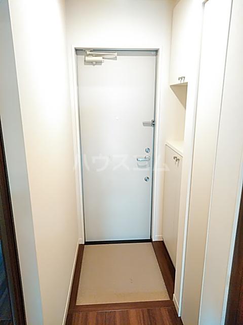 FRESCA 弥生台B 103号室の玄関
