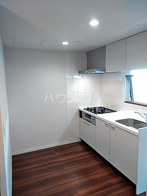 FRESCA 弥生台B 203号室のキッチン