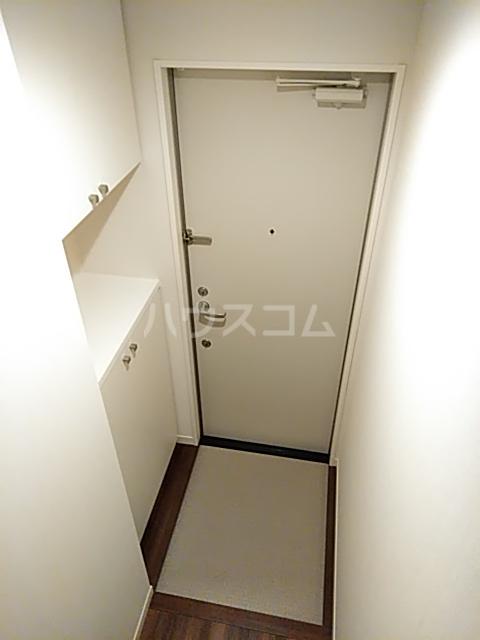 FRESCA 弥生台B 203号室の玄関