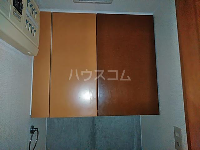 加賀美自動車ビル 202号室のトイレ