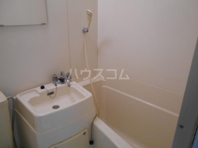 コーポ中川B棟 201号室の風呂