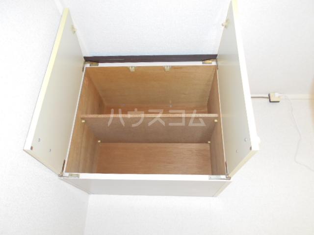 コーポ中川B棟 201号室の収納