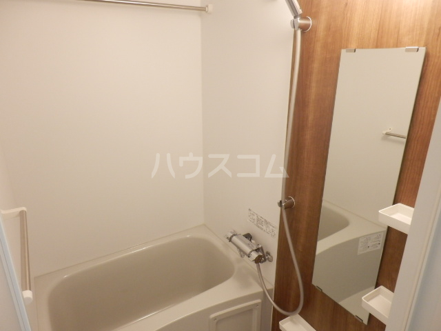 BANDOBASHI KNOTS 803号室の風呂