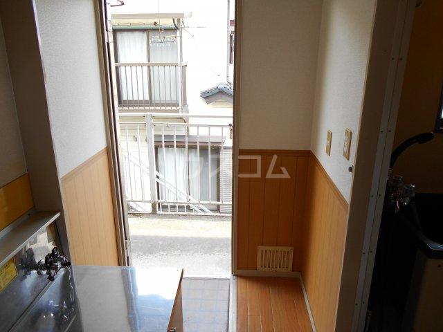 パナハイツヤマキA 202号室の玄関