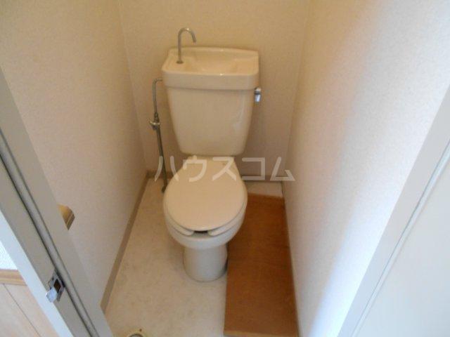 パナハイツヤマキA 202号室のトイレ
