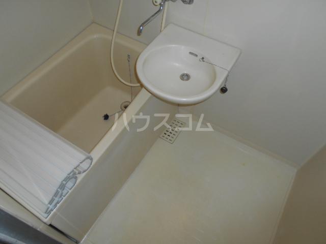 ファミール大島Ⅰ 105号室の風呂