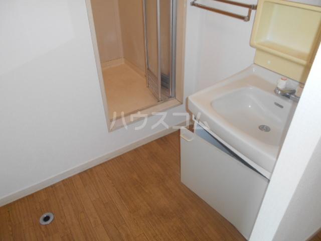 エクセル本陣B 104号室の洗面所