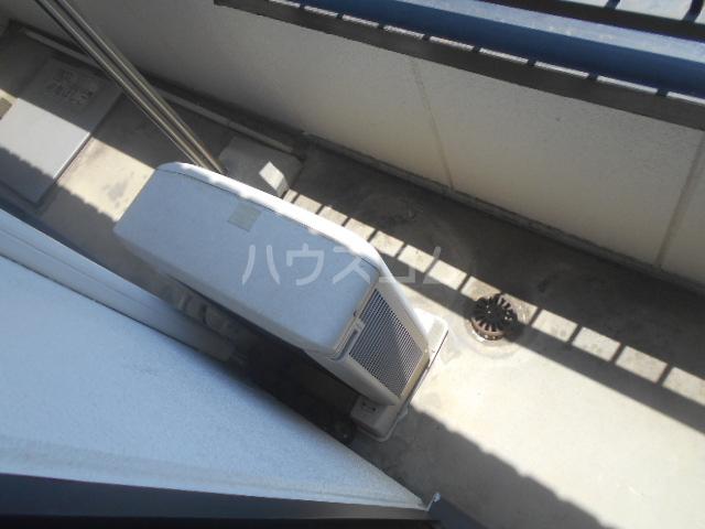 メゾン東矢島 201号室のバルコニー