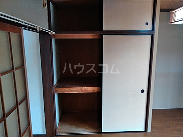 ミヤマコーポⅡ 102号室の収納