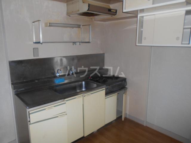 ラメゾン・キカクビル 304号室のキッチン
