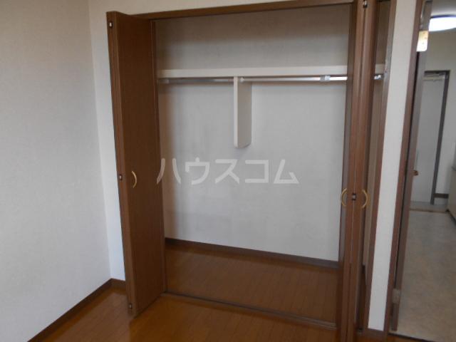 ピュアハイツ 202号室の収納