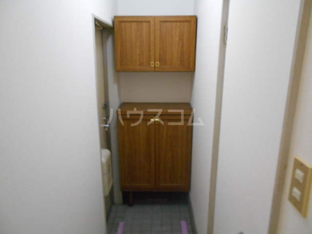 コンフォルトフミヤⅡ 103号室の玄関