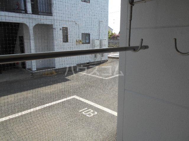 コンフォルトフミヤⅡ 103号室の駐車場