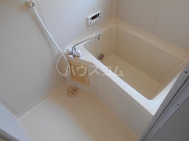 コンフォルトフミヤⅡ 103号室の風呂