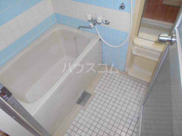 秀和レジデンス 202号室の風呂