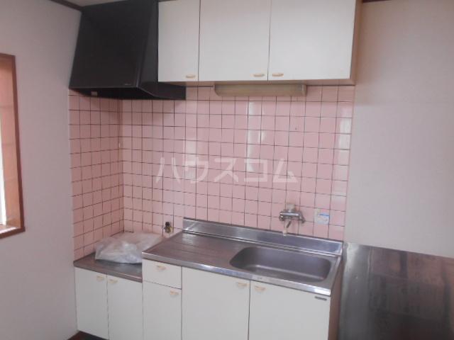 ドリームハイツB 202号室のキッチン
