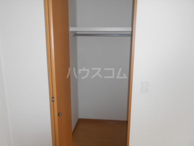 カーサルミエールB 202号室の