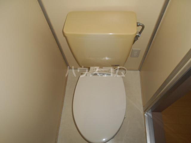 田村ハイツA 205号室のトイレ