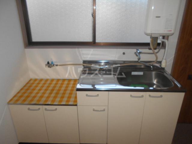 田村ハイツB 205号室のキッチン