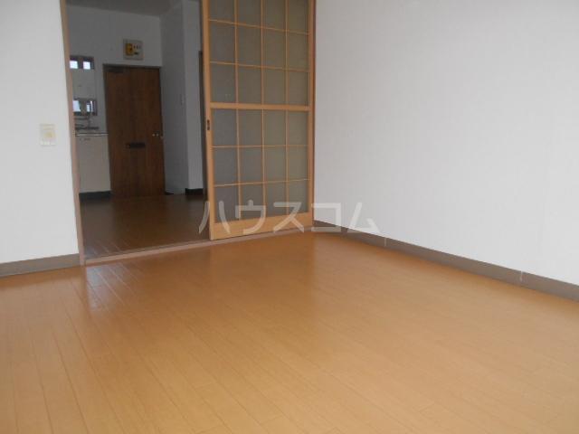 田村ハイツB 205号室のベッドルーム