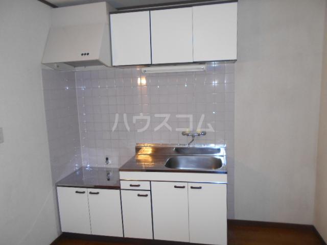 セピアハイツ 202号室のキッチン