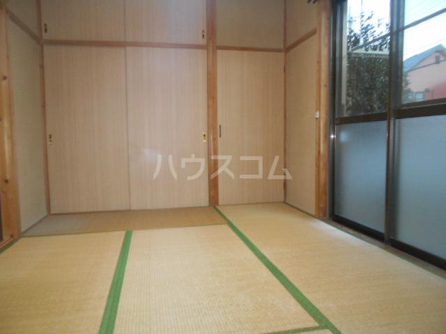 セピアハイツ 202号室の居室