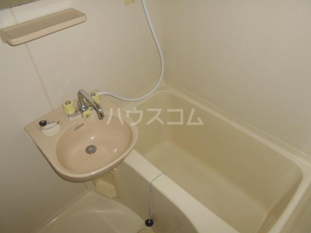 ハイツサンフラワー富岡 107号室の風呂