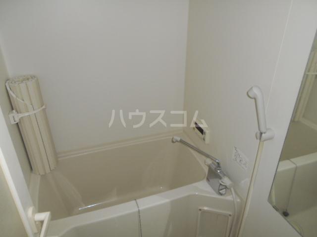 ネオビクトリー 102号室の風呂
