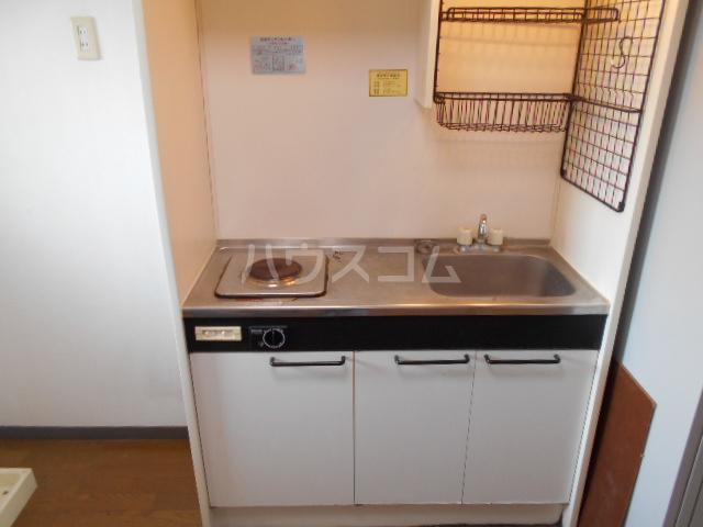 アマベルひまわり 202号室のキッチン