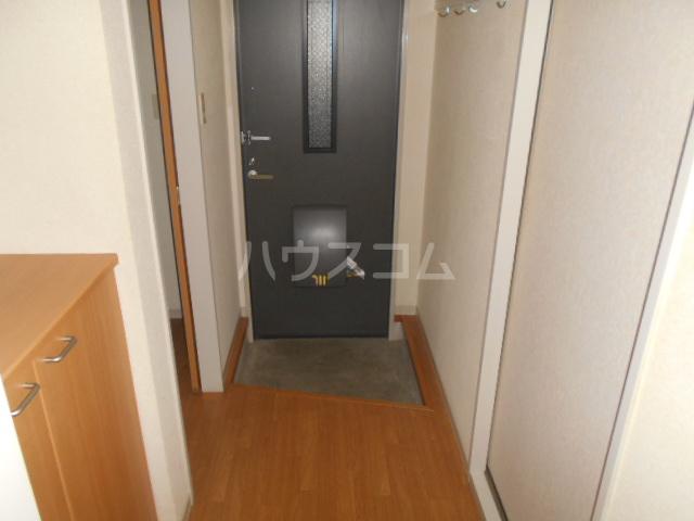 パークアベニューA 102号室の玄関
