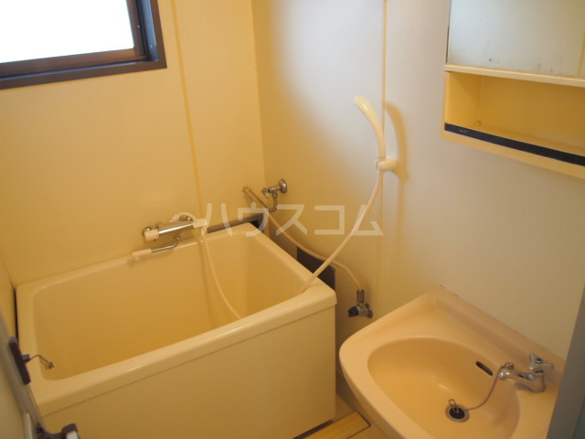 プラムハイツ 103号室の風呂