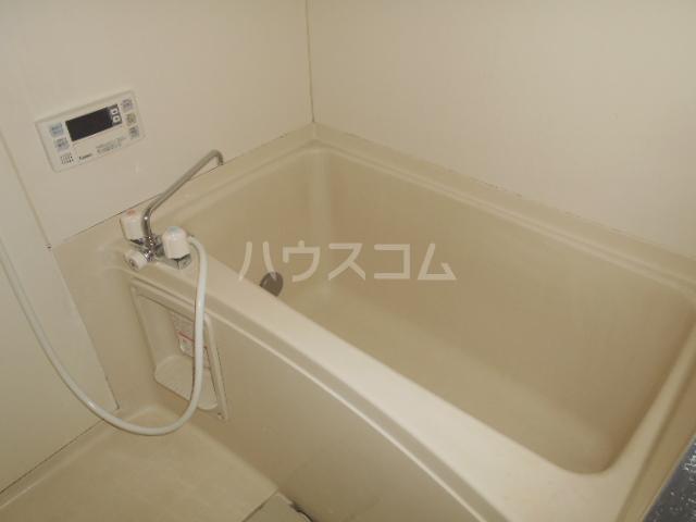 ハイツ篠崎Ⅰ 203号室の風呂