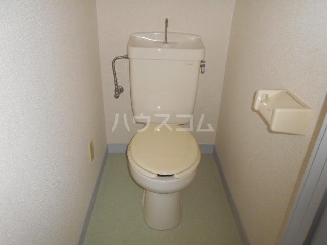 ハイツ篠崎Ⅰ 203号室のトイレ