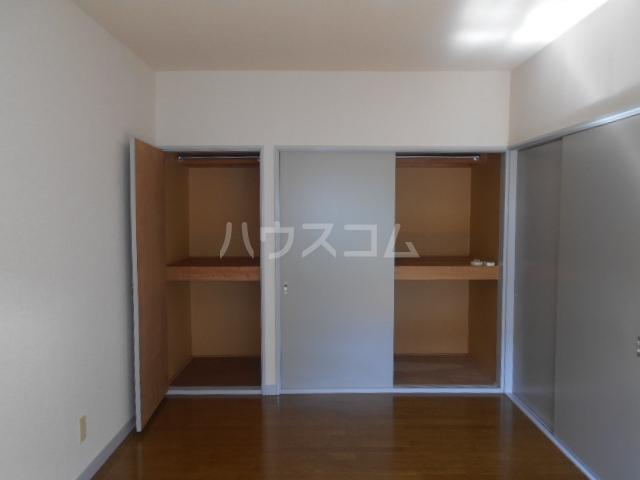 ハイツ篠崎Ⅰ 203号室の収納