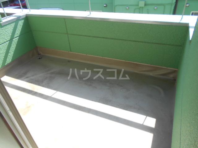 ハイツ篠崎Ⅰ 203号室のバルコニー