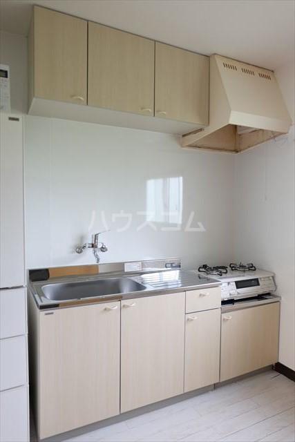 ハピネスコーポ A 101号室のキッチン