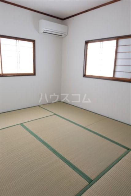 ハピネスコーポ A 101号室の居室