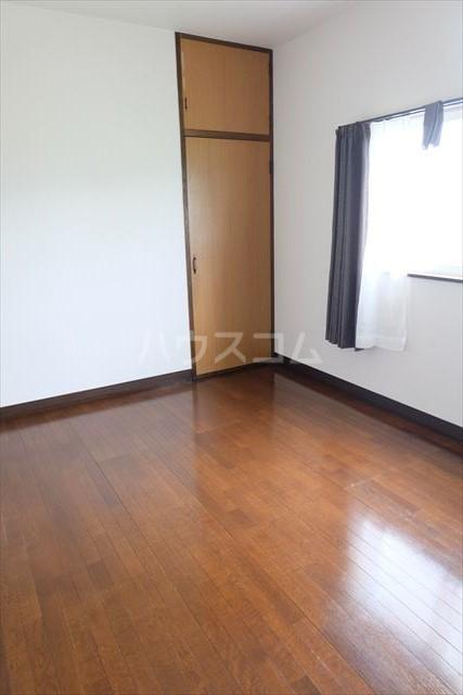ハピネスコーポ A 101号室のベッドルーム