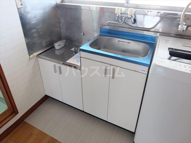 富士ハイツ 105号室のキッチン