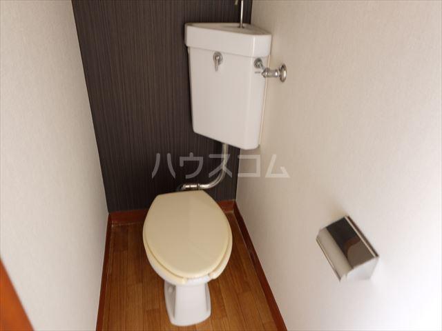 富士ハイツ 105号室のトイレ