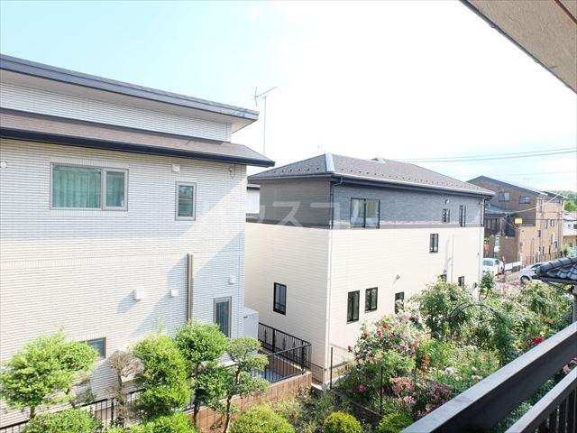 富士ハイツ 202号室の景色