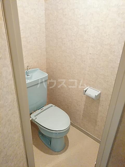 ラ・フルール神栖 107号室のトイレ