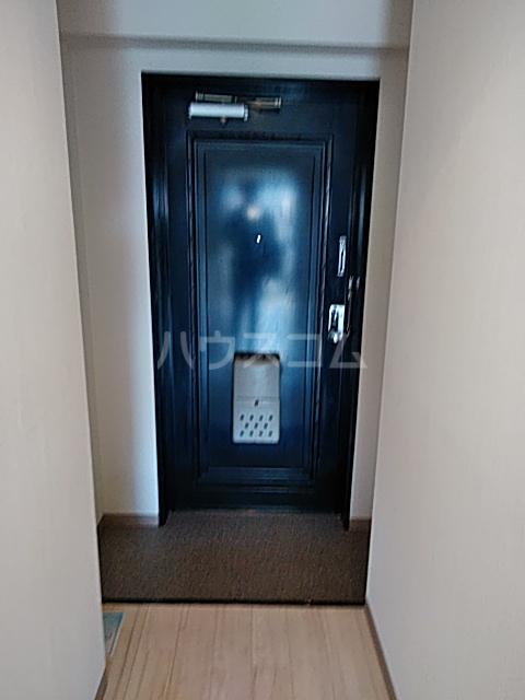 アンフィニィ・西町 317号室の玄関