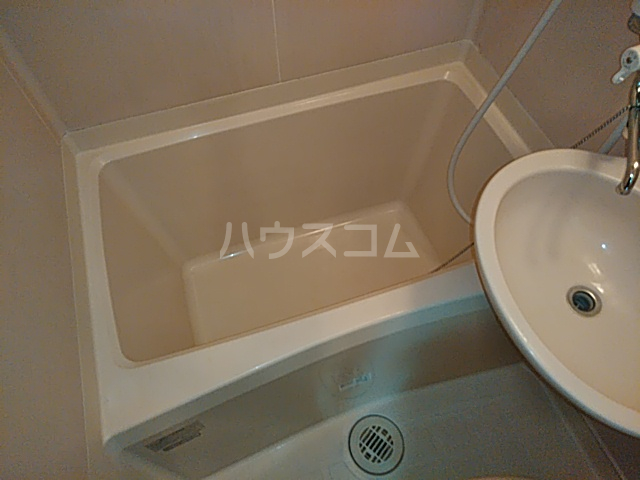 アンフィニィ・西町 317号室の風呂