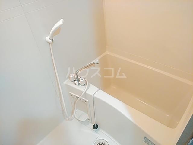 イーズ南春日丘 114号室の風呂